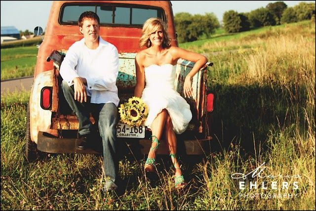 Theme: Inspiration, Dream, Country Weddings, Engagement Picture, Sunflower, Rustic Chic Weddings, Photo