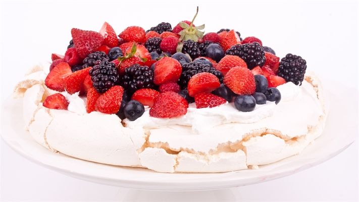 The perfect pavlova recipe | OverSixty