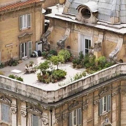 Private Parisian rooftops, the perfect retreat - Vicki Archer / https://www.instagram.com/vickiarcher/