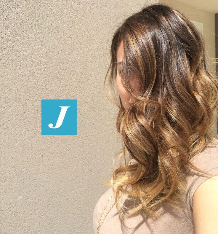 Solo due parole: DEGRADE' JOELLE! #cdj #degradejoelle #tagliopuntearia #degradé #welovecdj #igers #shooting #naturalshades #hair #hairstyle #haircolour #haircut #fashion #longhair #style #hairfashion