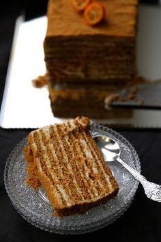 Медовик , medovik : le fameux cake au miel russe à tester pour les Fêtes | On Dine chez Nanou