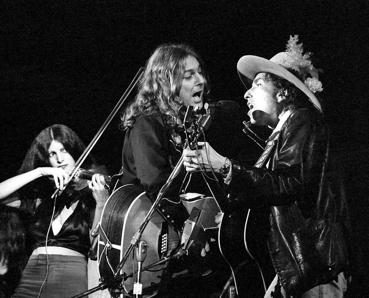 """soundsof71: """"Bob Dylan with Roger McGuinn and Scarlet Rivera on the Rolling Thunder Revue, 1975, by Ken Regan """""""