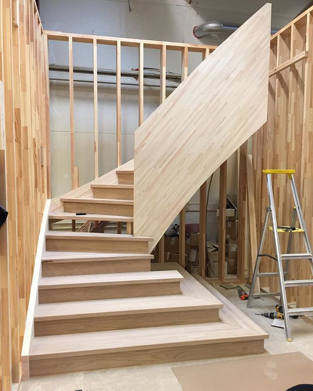 Basement Stair Landing Decorating: 17 Best Images About DECOR