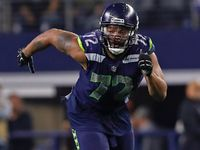 Seahawks trading DE Michael Bennett to Eagles