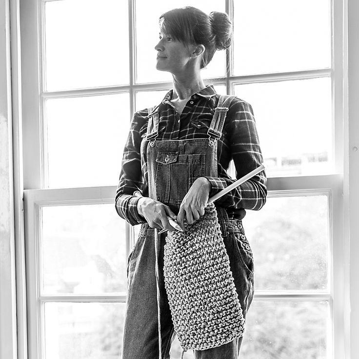 #Esprit Women Portraits - Claudine