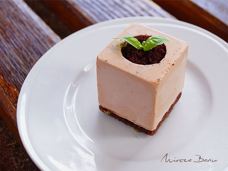 Basil-lime and milk chocolate mousse