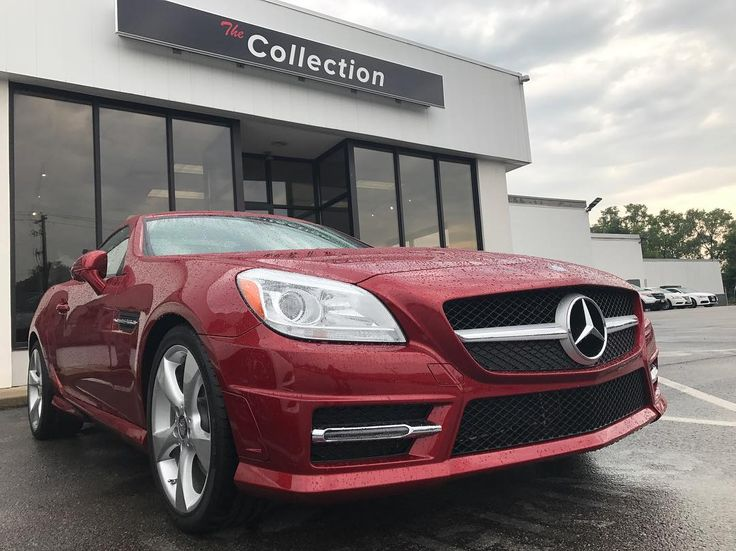Take a look at this 2015 Mercedes-Benz SLK-350 available today from the Byers Collection!