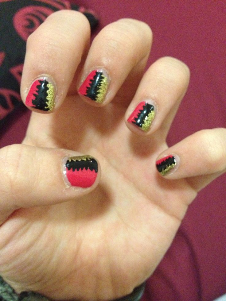 #nails #earthquake done by wah nails (London) : earthquake style with 3 different colors