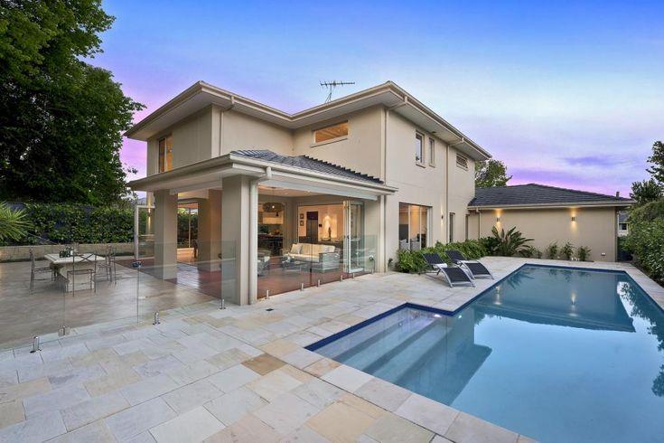 4 Fiona Avenue Wahroonga 2076 NSW | Di Jones Real Estate