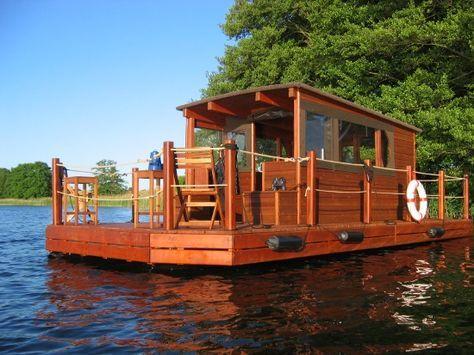 Urlaub auf dem Floß und die Mecklenburgische Seenplatte entdecken!