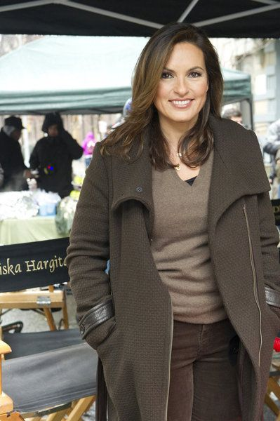 Love the brown winter coat - any idea where to get it!!???  Mariska Hargitay on set Law & Order SVU
