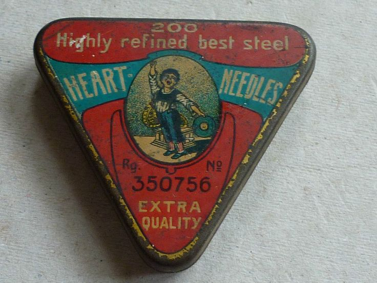 VINTAGE GRAMOPHONE NEEDLE TIN HEART NEEDLES TRIANGULAR TIN