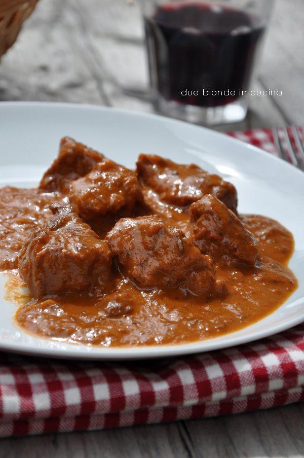 """Buon pomeriggio a tutti!!!!   Oggi con questa ricetta verrà fuori quel po' di """"Sudtirolerin"""" che c'è in me, non posso mica tenervi sempre a..."""