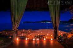 romantic dinner at the beach
