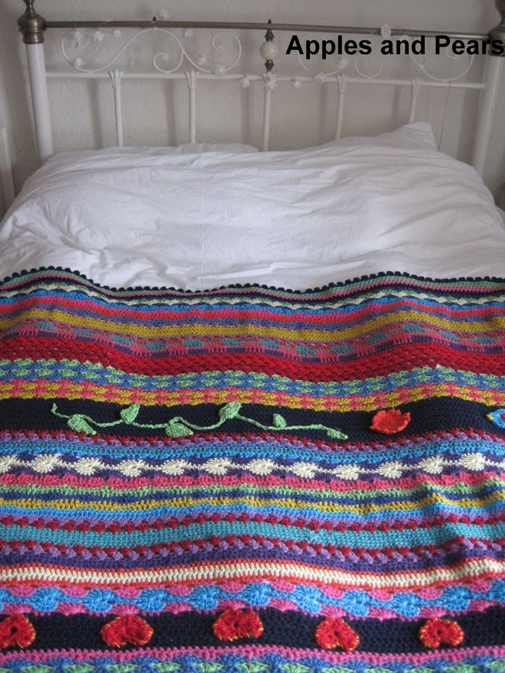 Crochet blanket by Apples and Pears