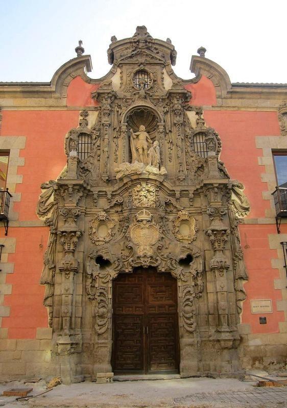 Portada del Hospicio de San Fernando | Viendo Madrid