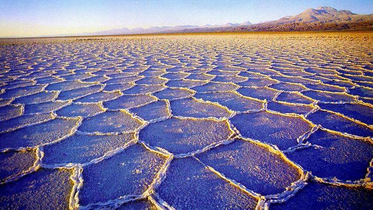 pavimento salino, desierto de Atacama, Chile