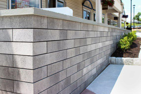 Unilock - Woodbury Commons Mall with Lineo Dimensional Stone in New Yor