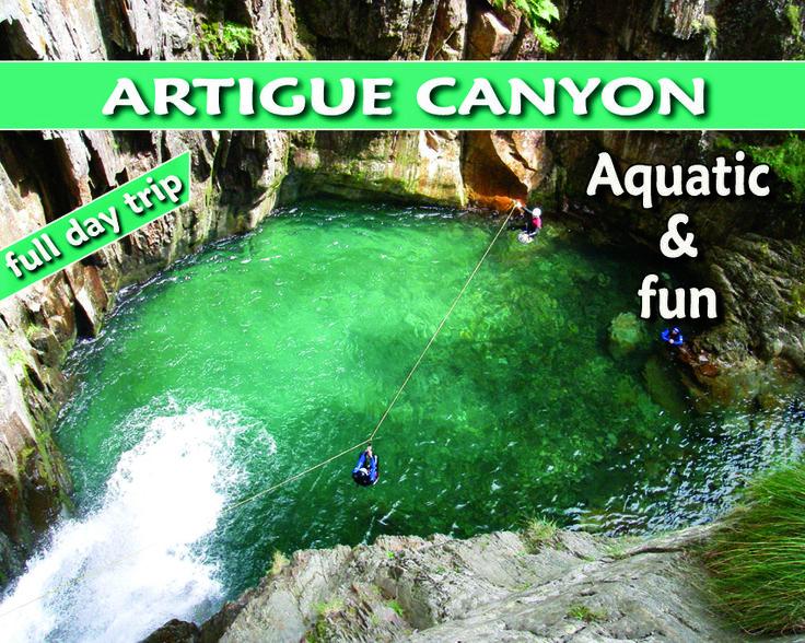 Le canyon de l'Artigue est le plus beau d'Ariège et l'une des plus belles courses des Pyrénées. C'est un Canyon à la fois aquatique et verticale qui propose un enchaînement ininterrompu de sauts, de grands toboggans et de descentes en rappel et de tyrolienne… Avec un débit toujours important, cette course complète et variée ne présente pas de difficulté particulière, il suffit d'aimer l'eau et la montagne !