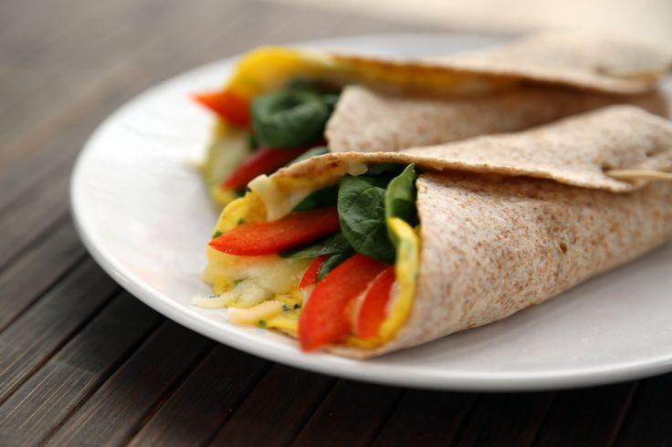 Burrito matin prêt en 3 minutes top chrono Pour 1 burrito Ingrédients 1 œuf 15 ml (1 c. à soupe) de lait 15 ml (1 c. à soupe) d'oignon vert haché (facultatif) 60 ml (¼ tasse) de fromage déjà...