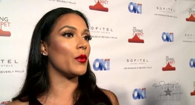 Shantel Jackson Talks Dating Nelly [Video]- http://getmybuzzup.com/wp-content/uploads/2014/08/Shantel-Jackson.jpg- http://getmybuzzup.com/shantel-jackson-dating-nelly/- Shantel Jackson Opens Up About Dating Nelly During OK! TV's pre Emmy Party, Shantel Jackson opened up to HipHollywoood exclusively about her relationship with Nelly. Enjoy this video stream below after the jump. Follow me: Getmybuzzup on Twitter | Getmybuzzup on Facebook | Getmybuzzup on Go...- #N