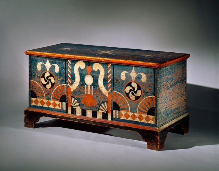 Quaker Quilts: The Search for the Fylfot, Blanket Chest by Johannes Spitler, Shenandoah County, Virginia, 1756-1807. Yellow pine, accession no. 1995-94, image no TC1995-24. The Colonial Williamsburg Foundation, Museum Purchase.