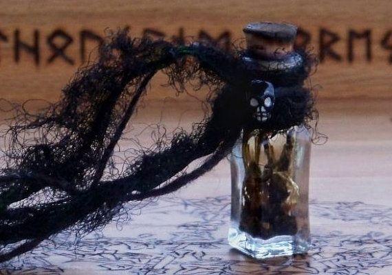 Genuine ATROPA BELLADONNA Artisan Alchemist Ritual Oil for Dark Goddess Sabbat Rites, Astral Projection, Sex Magic, Visions, Warrior Arts