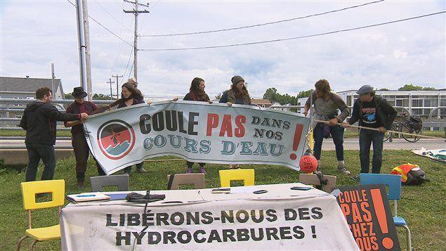 Les opposants aux projets pétroliers au Québec obtiennent un nouvel appui, celui de la Fédération québécoise des gestionnaires de ZEC. Ces organismes, qui gèrent des territoires de chasse, de pêche et de plein air à travers la province, s'inquiètent des conséquences possibles des projets pétroliers sur les lacs et les rivières.