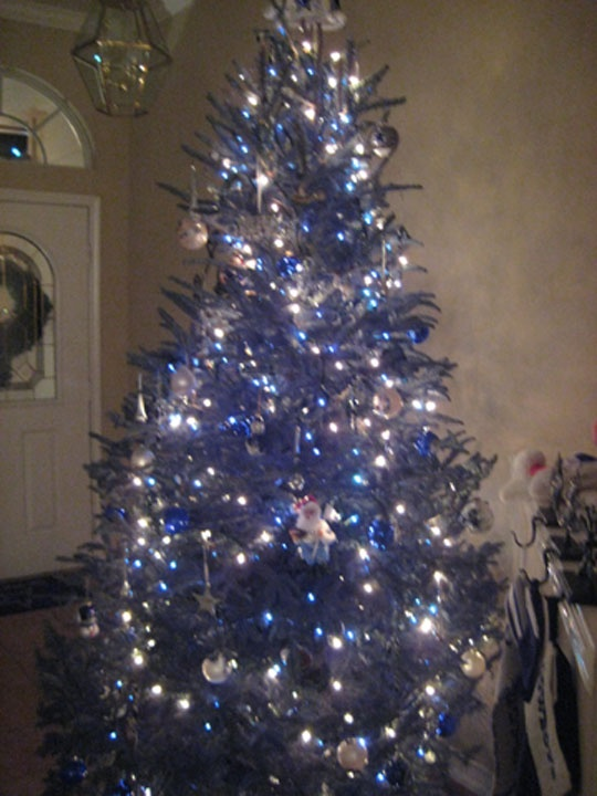 Dallas Cowboys CHristmas tree :)