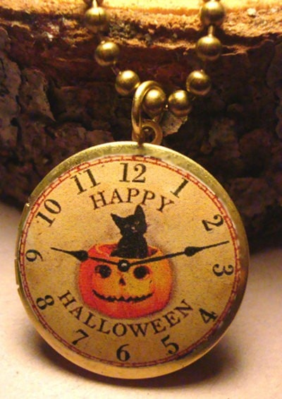 "Happy holloween ""clock"""