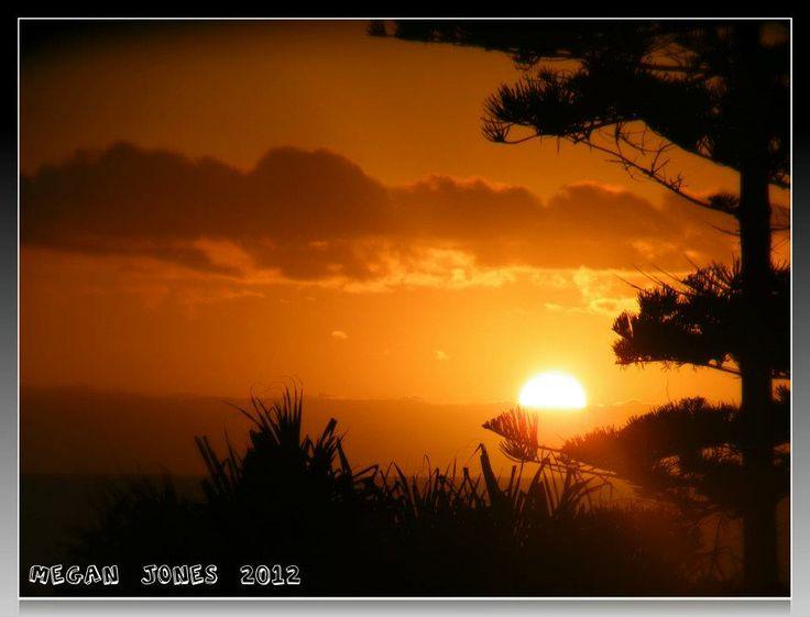 SunRise  . Surfers Paradise Qld