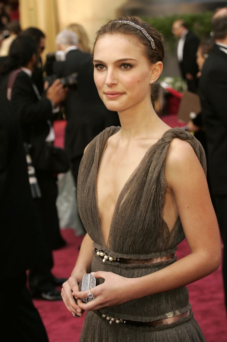 Natalie Portman - only women with small breasts can get away with such a dress... :-)