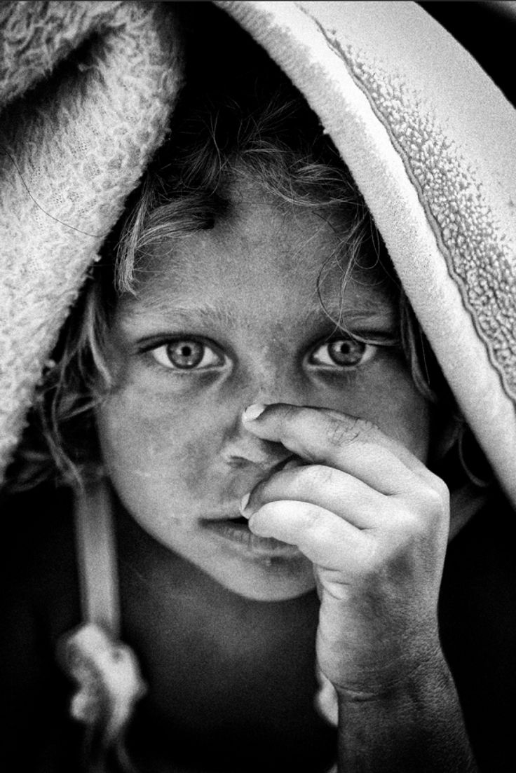 Vassilis Artikos Photography - Νεαρή τσιγγάνα - child
