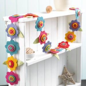 Felt flower garland - Craft - Your Home Online                              …