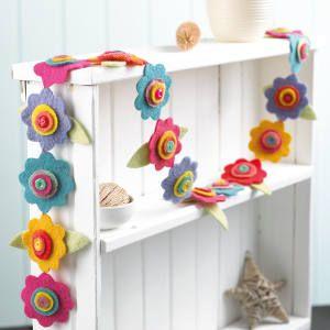 Felt flower garland - Craft - Your Home Online