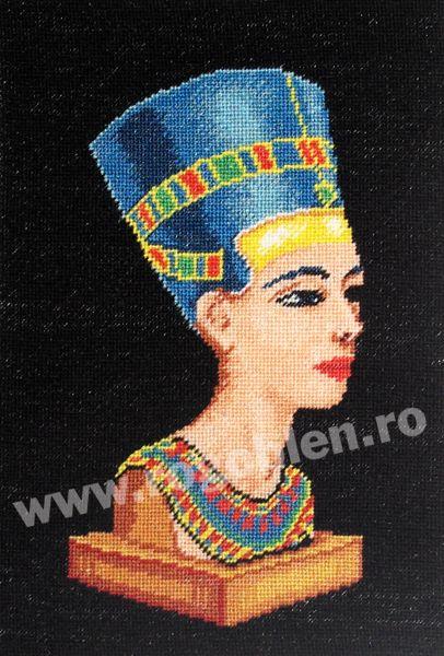 Cod produs: 4.04 Nefertiti Culori: 16 Dimensiune: 12 x 17 cm