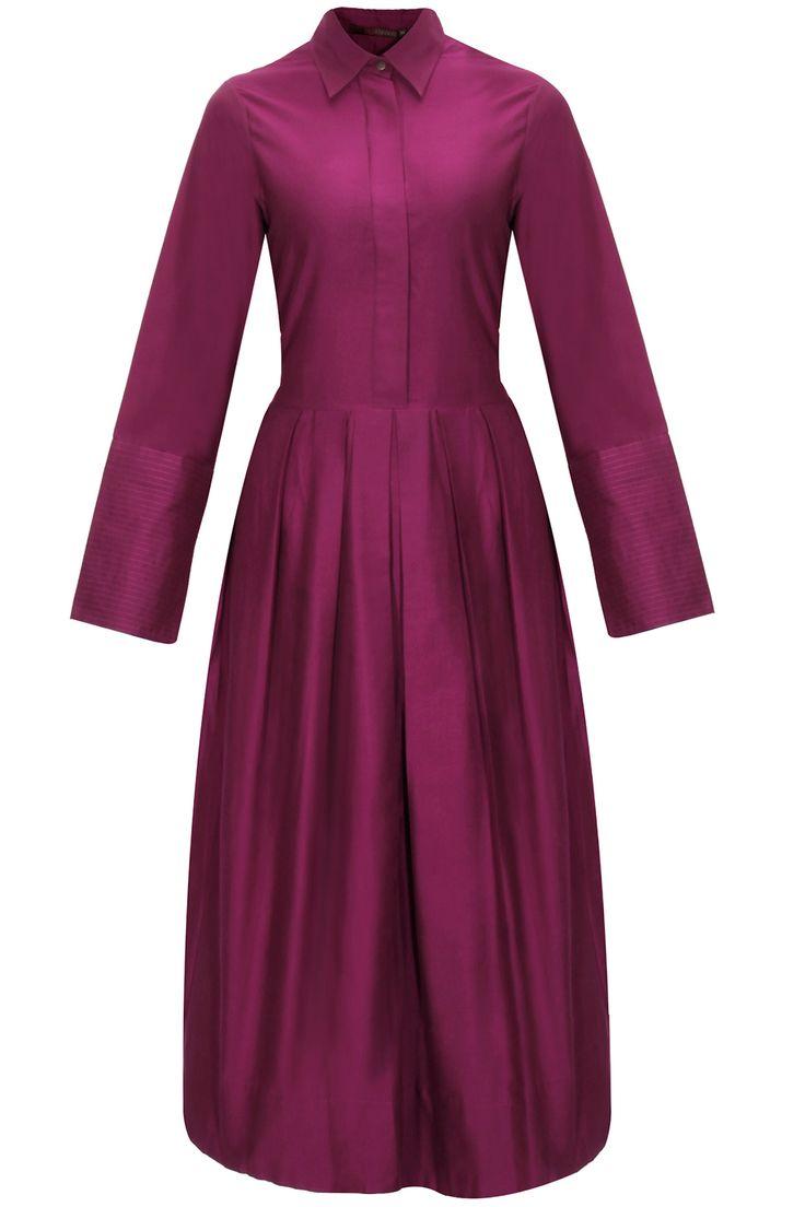 Magenta pleated kurta dress by Payal Khandwala. Shop now: www.perniaspopups.... #dress #cute #designer #payalkhandwala #pretty #clothing #shopnow #perniaspopupshop #happyshopping