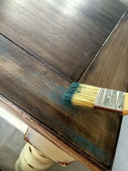 How To Dry Brush A Weathered Look In 2019 Wood Painted Furniture