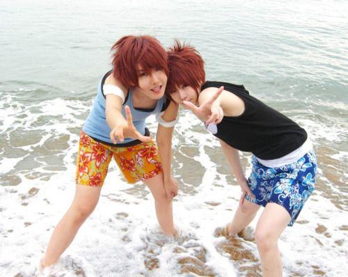 Hikaru & Kaoru, Ouran Highschool Host Club I so badly wish to Cosplay them with a friend now. <3