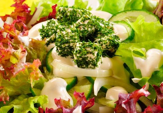 Sałatka z serem/ Salad with cheese www.winiary.pl
