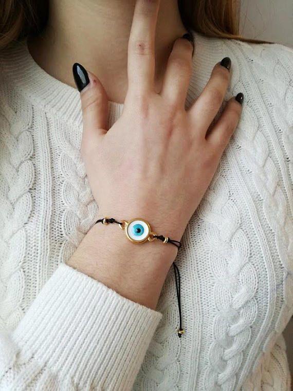 Blue eye bracelet, round blue eye of brass and enamel on black cord, blue eye macrame bracelet, eye friendship bracelet, eye boho cuff
