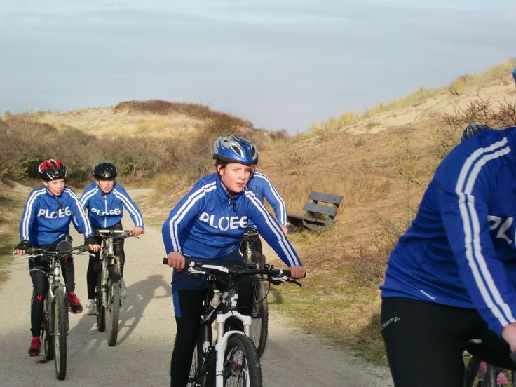 Trainingsdag in de duinen (jeugd ijsclub Alkemade)