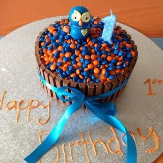 Giggle and Hoot 1st Birthday Party Cake. Click the photo to see the whole party sahre