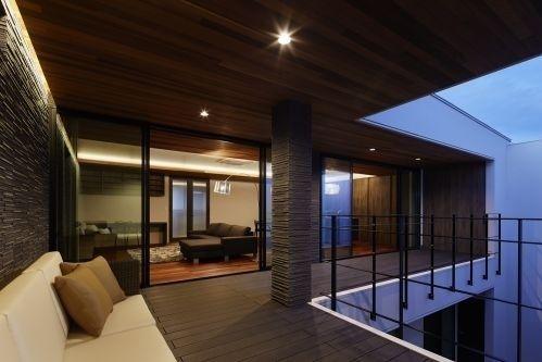 山形の家 アウトサイドリビング2|重量木骨の家 選ばれた工務店と建てる木造注文住宅