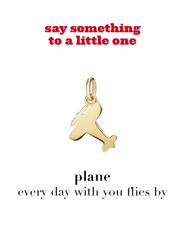 Dodo charm: plane - every day with you flies by