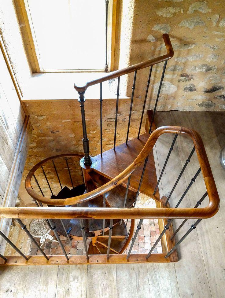 les 25 meilleures id es de la cat gorie tremie escalier sur pinterest solutions de d tail. Black Bedroom Furniture Sets. Home Design Ideas