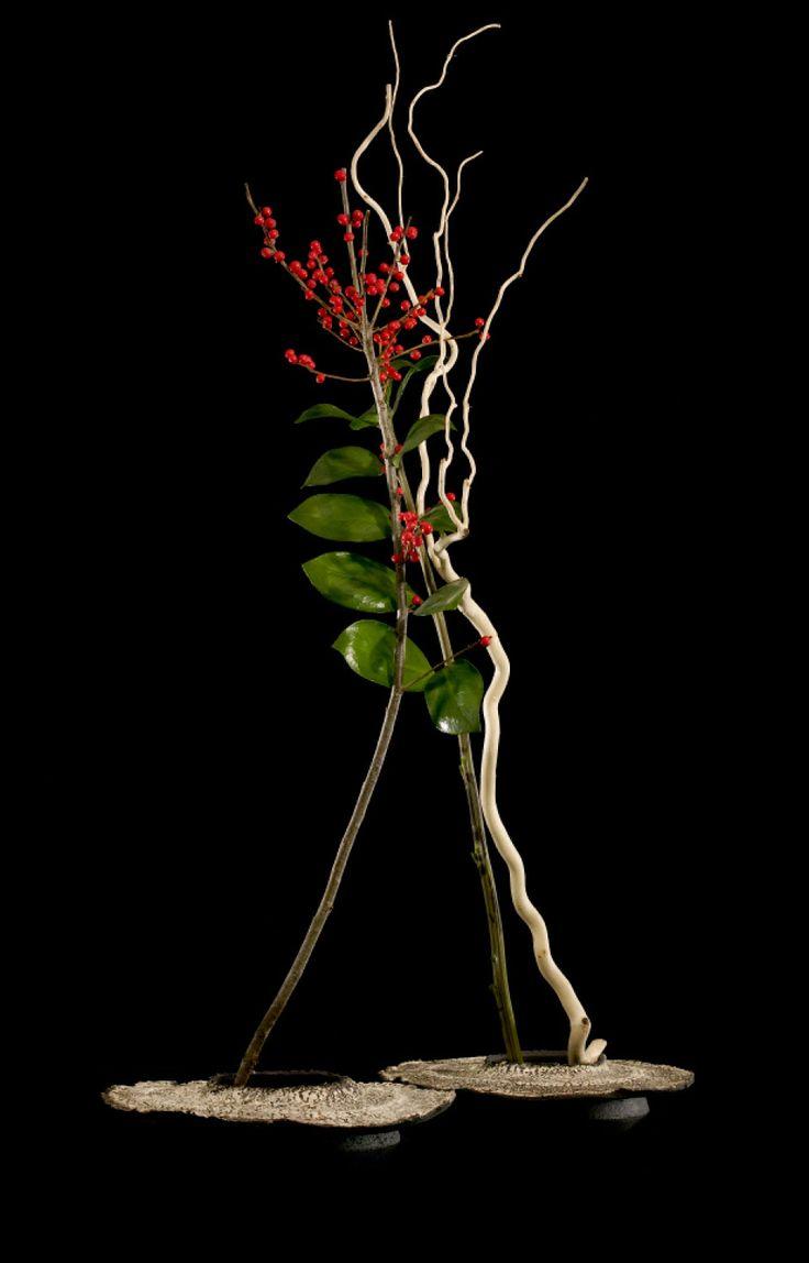 Ikebana Ohara. A Song of Flowers