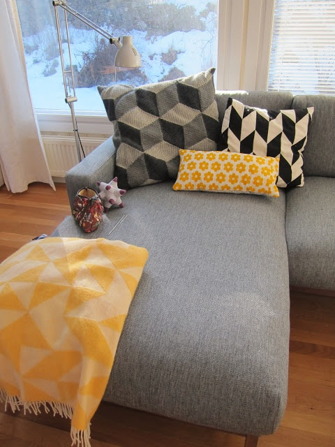 1000 images about couch me on pinterest couch chaise for U sofa med chaiselong
