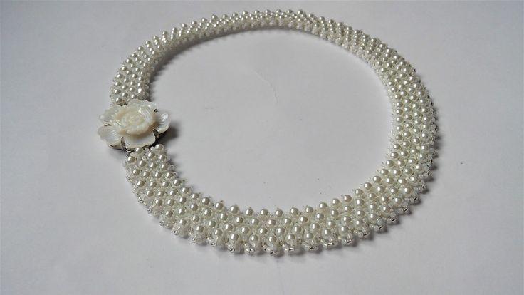 Naszyjnik z kwiatem z masy perłowej - Vezzo - Naszyjniki krótkie