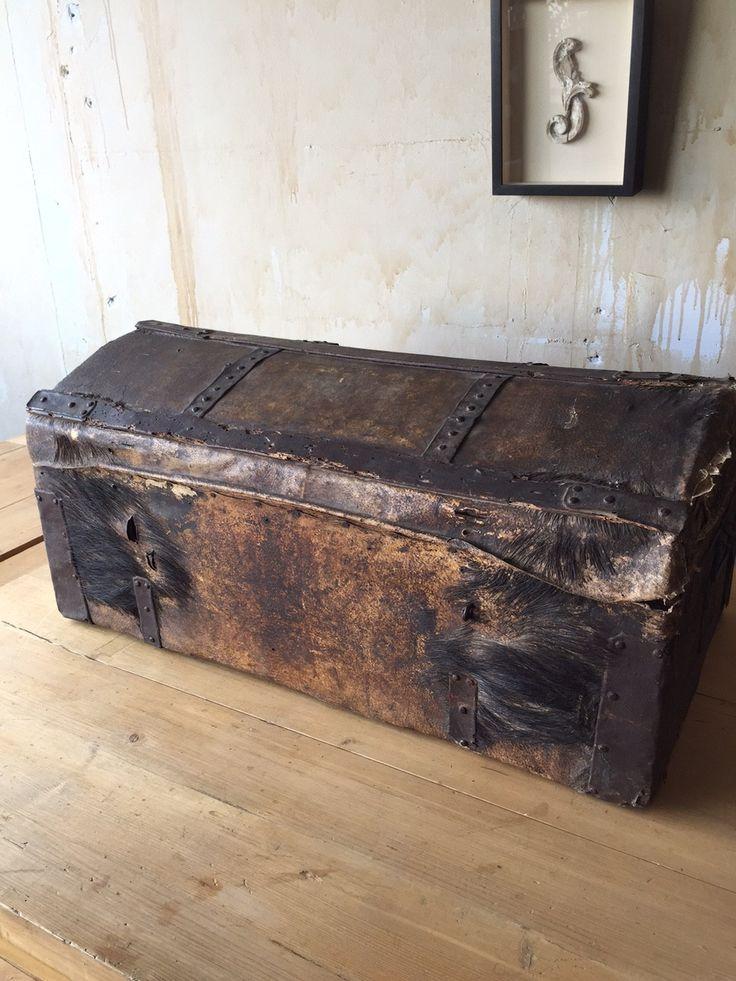 Italian Antique Trunk - 18th Century